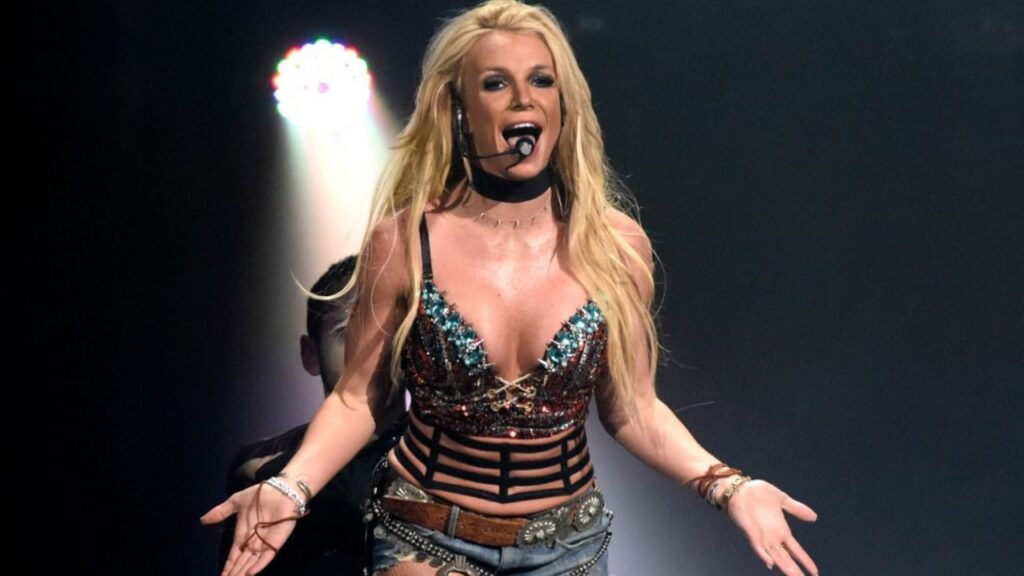 Britney Spears To Write A Book About A Girl Who Was Murdered